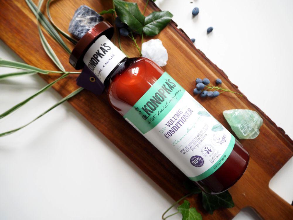 Recenze šamponu Dr. Konopka's, objem vlasů, Recenze kondicionéru Dr. Konopka's, péče, výživa vlasů, mytí vlasů, vlasová péče