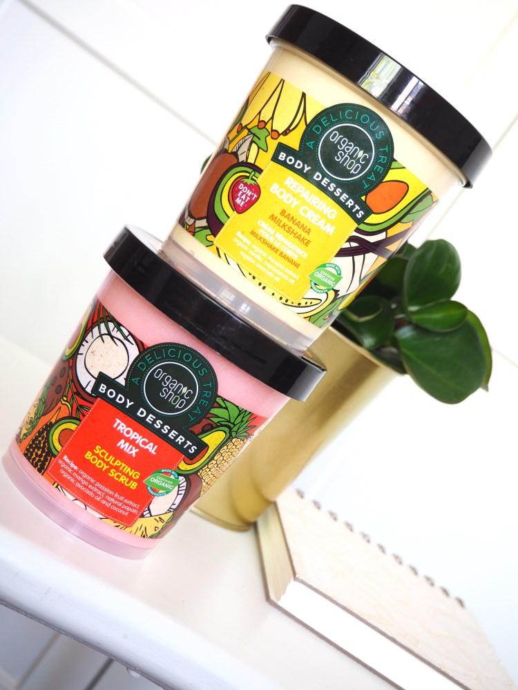 Tělové dezerty Organic Shop: Velká recenzekrému Banana Milkshake a peelingu Tropical MIx.