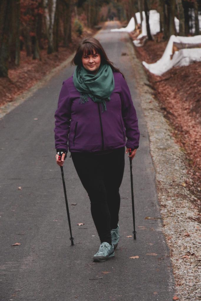 Moje pohybová aktivita #LikeAGirl. Nordic Walking je super.