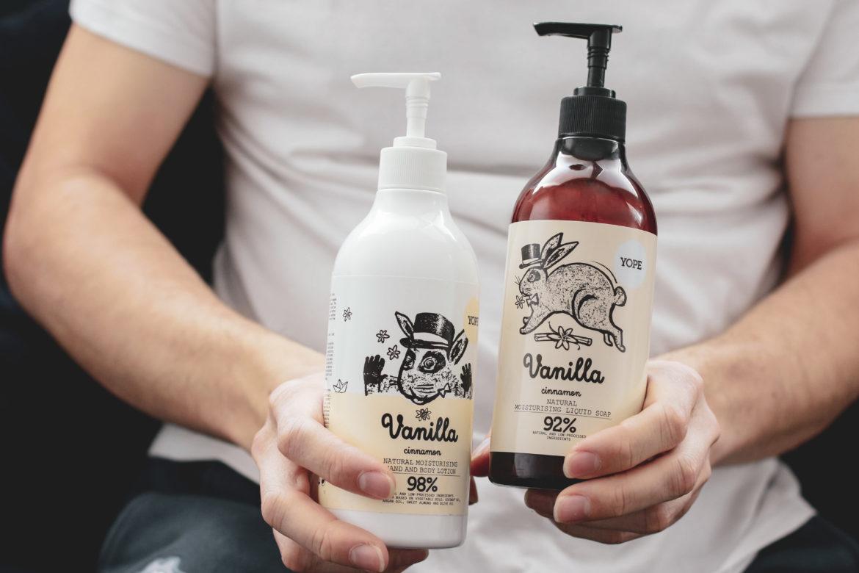 Recenze kosmetiky Yope SOAP - Koupelnové mýdlo a tělové mléko Vanilka a Skořice.