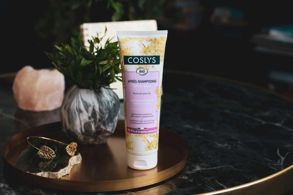 Recenze kondicionérů Coslys pro normální a barvené vlasy.