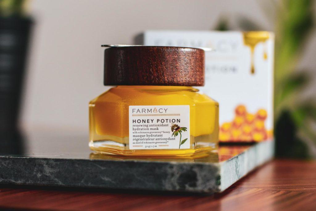 Recenze kosmetiky Farmacy Honex drop a Honey Potion.