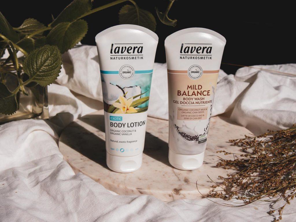 Recenze Lavera Sprchový gel Mild Balance a Lavera Tělové mléko Bio Vanilka a Bio Kokos.