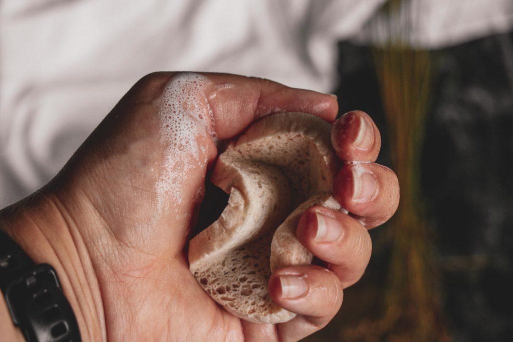 Recenze dermatologického mýdla Derma od GERnétic.