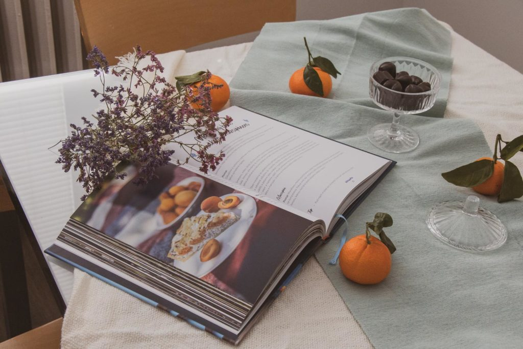 Jak Stará blogerka četla knihu Cesta z těsta od Petry Burianové.